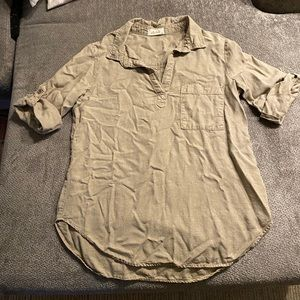 Bella Dahl Linen Rolled Sleeve Collared Shirt